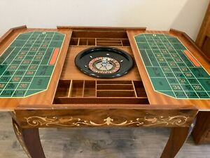 Beautifull Italian Inlaid Wood Lacquered Gaming Table
