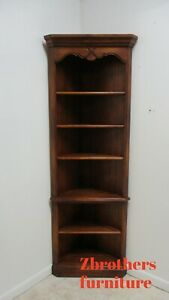 Ethan Allen Country French Corner Cabinet Display Cabinet Shelf A