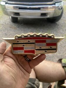 1957 Cadillac Trunk Crest Emblem And Bezel 1466334 Oem Rare Hard To Find