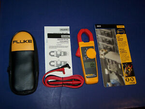 New Fluke 323 True Rms Clamp Meter Ac Current Voltage Tester Case Leads