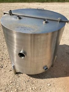 150 Gallon Sanitary Stainless Steel Product Tank W Hinged Lid