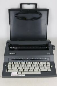 Smith Corona Sc 110 Spell Right Dictionary Electric Portable Typewriter Tested