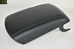 2015 2020 Ford Edge Front Center Console Arm Rest Storage Lid Black Leather Oem
