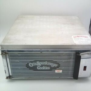 Otis Spunkmeyer Os 1 Commercial Cookie Oven 120 Vac 1350w Nsf Approved 3 Trays