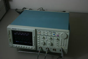 Tektronix Tds782a Oscilloscope 1ghz 2ch calibrated With 30 Day Warranty