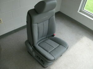Ford F 150 Platinum Edition Gray Right Front Seat Heated Cooled Leather