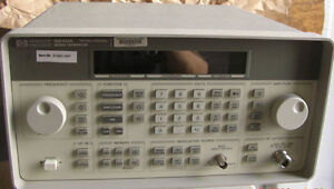 Hp 8648a 100 Khz To 1 Ghz Signal Generator