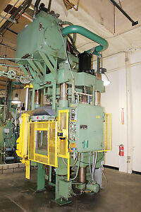 Modern Hydraulic 4 Post Press down Acting 800 Ton X 36 X 54 5535