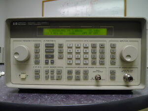 Hp Agilent 8648c Synthesized Signal Generator 9khz 3200mhz