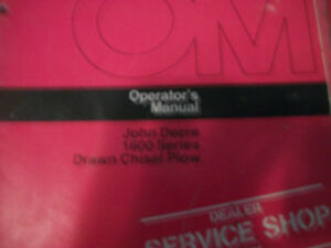 John Deere Operator s Manual 1600 Series Drawn Chisel Plow Issue D6