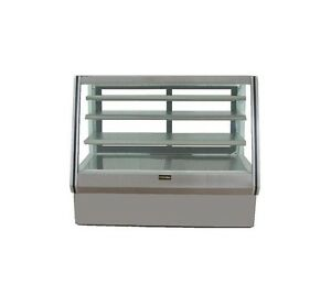 72 New Us made Glass Bakery Display Case Non refrigerated