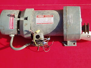 Dayton 3 Phase Gear Motor 4z389 With Magnetic Brake 288 Rpm 1 3hp 208 460