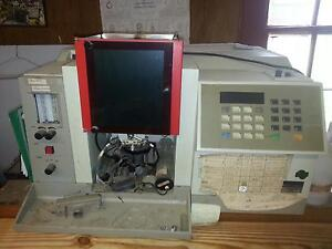 2 model 3100 Perkinelmer Atomic Absorption Spectrometer Laboratory Instruments