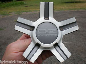 Oz Racing Wheels Silver And Gray Center Cap P N M657