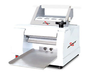 Skyfood Clm 300 Table Top Dough Roller Sheeter Single Pass 4 5 Lb Cap 110v