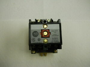 Lot Of Five Allen bradley Ac Relays 700 p400a1 Series B