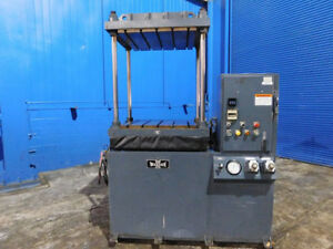 15 Ton Wabash Up Acting Hydraulic Platen Press 4 Post 30 X 30 Bed