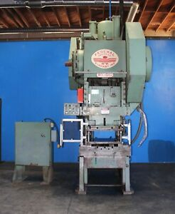 110 Ton Federal Obi Punch Press 42 X 27 Bed Power Forming Stamping Press