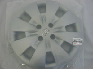 Genuine Toyota Yaris 15 Hub Cap 4260252400 Sedan Hatchback 42602 52400
