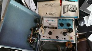 Vintage B k Model 465 Crt Tester W Adapters Manuals Powers On Untested