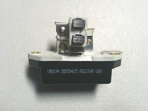 Voltage Regulator 0 192 052 035 0 192 082 029 1 197 311 030 Ib378