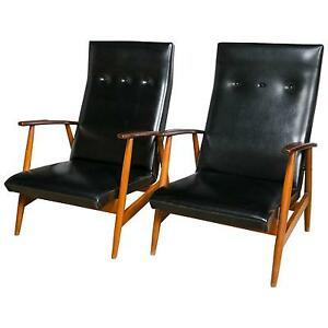 Pair Of Scandinavian Teak And Black Lounge Chairs 101 2289