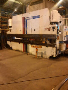 300 Ton X 20 Pacific K300 20 Cnc Hydraulic Press Brake Metal Bending Machine