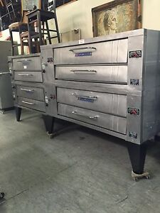 Baker s Pride Y602 Double Deck Pizza Oven
