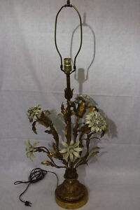 40 Stunning Hollywood Regency Gilt Italian Tole Lamp With Removable Ends