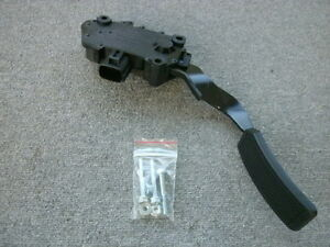 Nissan Quest Accelerator Throttle Pedal Assembly