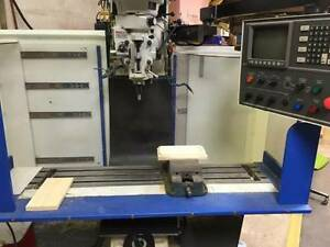 Hurco 3 axis Cnc Vertical Bed Mill Milling Machine