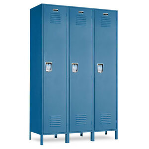 Metal School Blue Lockers 36 w X 18 d X 72 h 78 h W legs 3 Openings