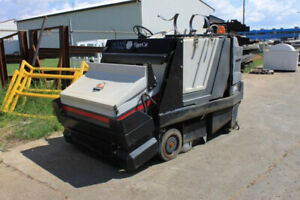 Powered Rider tiger Cat Tenant Sweeper Scrubber Warehouse Street Parking Lot