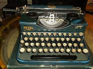 Antique Royal Model Ptouch Control Portable Typewriter W original Case Working