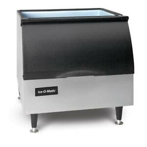 Ice o matic B25pp 242 Lb Ice Storage Bin