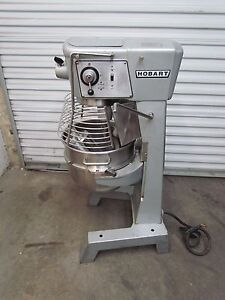 Hobart 30 Qt Mixer With Bowl Guard D 300 S steel Bowl 3 Attachments 3 Phase