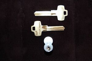 New Stanley Best Interchangeable Core C208 Model With 2 Blank Matching Keys