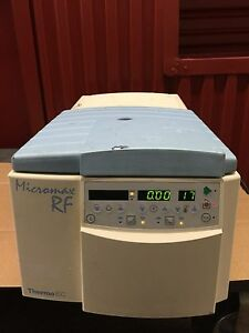 Iec Micromax Rf Refridgerated Centrifuge Model 120 With Rotor