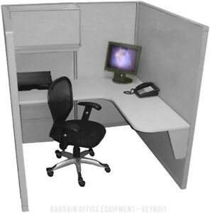 Single 5 x5 Refurbished space Saver Office Cubicles New Paint