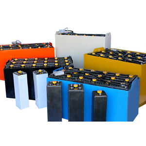 Electric Forklift Battery With Cover 6 85 13 wc 12 Volt 510 Ah at 6 Hr