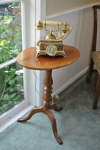 Tea Table Candle Stand Tilt Top Early 1800 s Mahogany