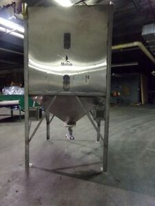 Motan Stainless Steel Surge Bin Day Hopper With Filters