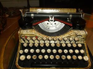 Rare Vintage 1920s Wood Grain Paint Underwood Typewriter With Carrying Case