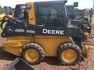 2013 John Deere 318e Skid Steer Loaders
