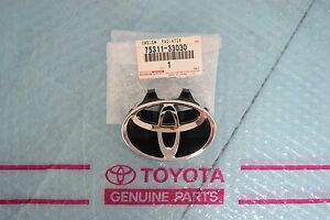 Genuine Toyota Camry 1997 2001 Emblem Front Grill 75311 33030 7531133030