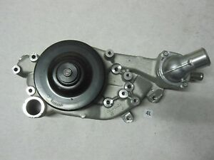 Gm Chevrolet Ls3 Water Pump 12604630 New With Thermostat Corvette Camaro Ls V8
