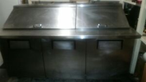2 Door 8 Ft Refrigerated Pizza Prep Table