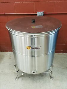 Dadant Stainless Steel Storage Tank With Strainer Lid And Stand