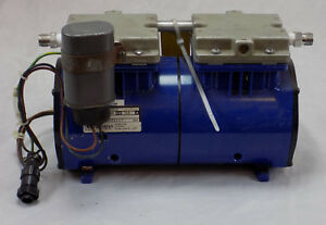 Thomas Vacuum Pump 2607ve22 115vac 60hz 3 9a