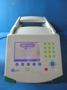 Bio rad Icycler Thermal Cycler Real time Pcr Detection System 582br Powers On